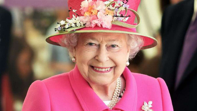 Єлизавета II не має наміру відрікатися від престолу