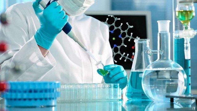 Медики назвали салони краси та медзаклади, де мешканців Львівщини інфікували гепатитом