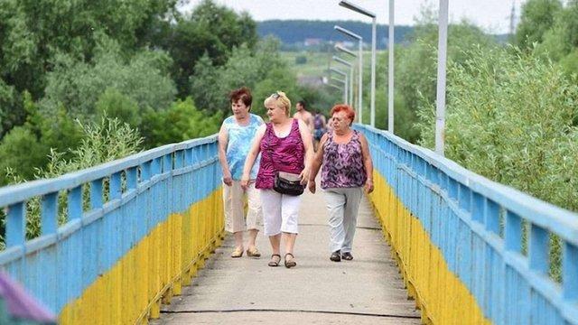 В Івано-Франківську замінували пішохідний міст через Бистрицю Солотвинську