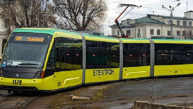 У святкові дні львівські тролейбуси та трамваї курсуватимуть до півночі