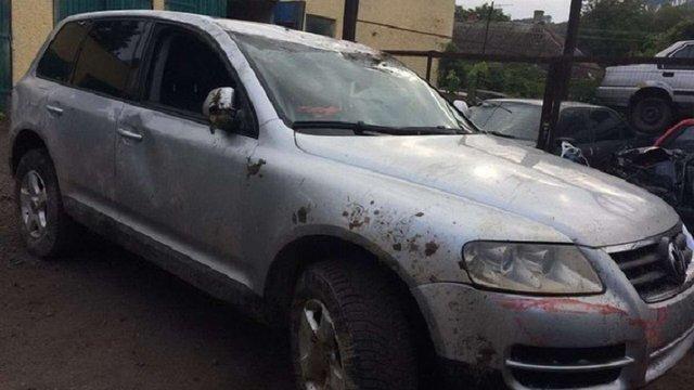 На Закарпатті автомобіль намагався прорвати кордон на пункті пропуску