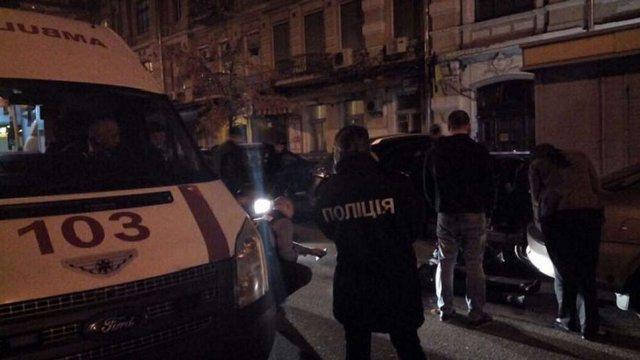 У центрі Києва невідомі розстріляли чоловіка
