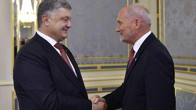 Міністр оборони Польщі назвав російську агресію «варварською навалою» на Європу