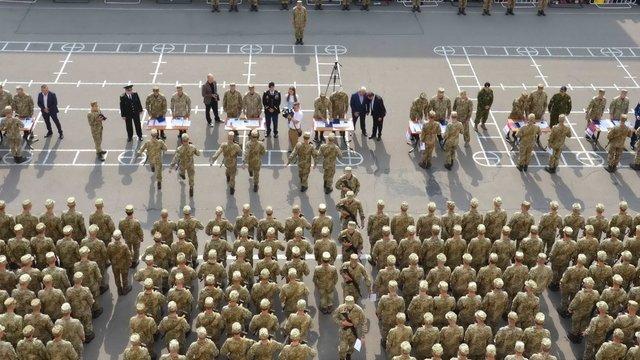 Понад 500 першокурсників Львівської академії сухопутних військ присягнули на вірність Україні