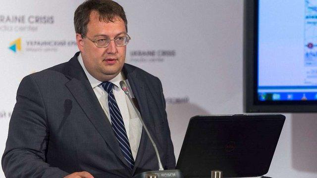 Радник Авакова пообіцяв об'єктивне розслідування ДТП за участю сина Шуфрича та Димінського