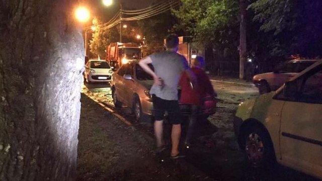 У Києві в парку сталася стрілянина, двоє поранених