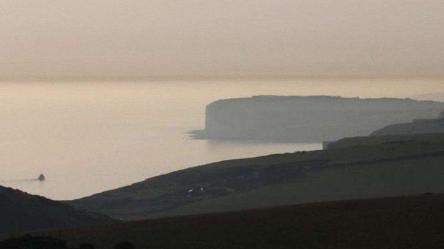 У Великій Британії на пляжі сталося масове отруєння парами «хімічного туману»