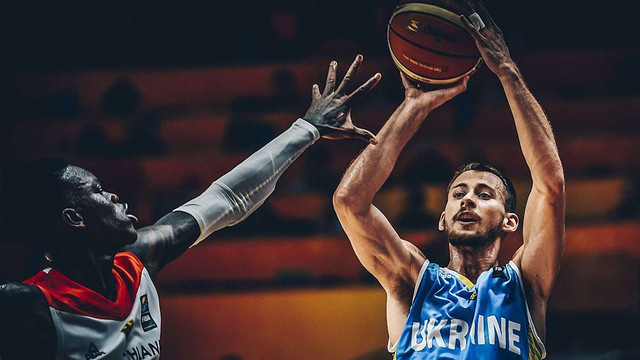 Збірна України стартувала з поразки Німеччині на ЄвроБаскеті-2017