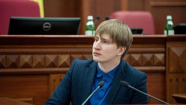 Мер Києва звільнив заступника, в якого знайшли підроблений диплом львівського університету