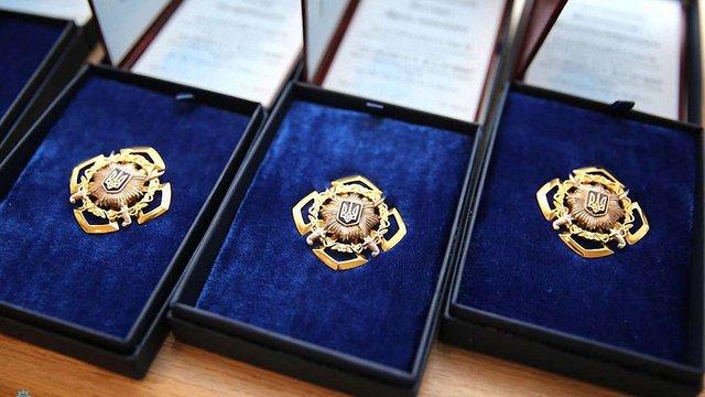 Керівництво Нацполіції нагородило сімох львівських патрульних за визволення заручників