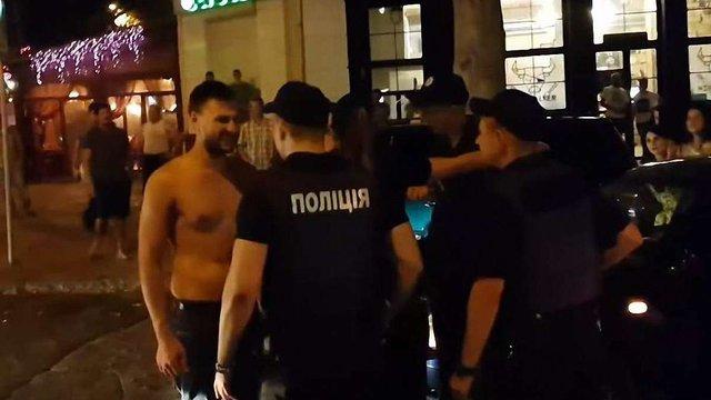 У Миколаєві за дебош у центрі міста двох чоловіків посадили на два роки