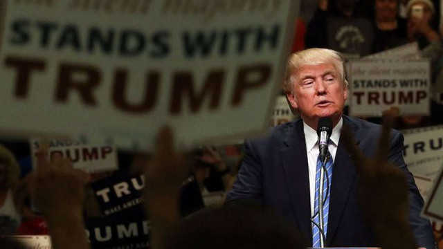 Дональд Трамп скасував програму захисту молодих іммігрантів