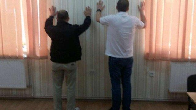 Кіберполіція затримала росіянина, який створив у Львові всеукраїнську мережу інтернет-шахраїв