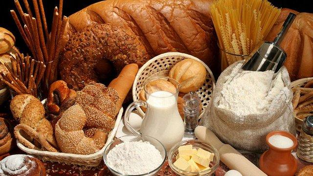Гройсман заявив, що уряд контролюватиме ціни на продукти харчування