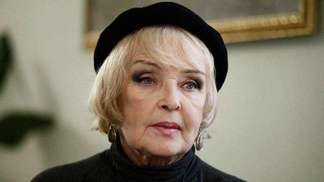 Президент відзначив актрису Аду Роговцеву премією імені Довженка
