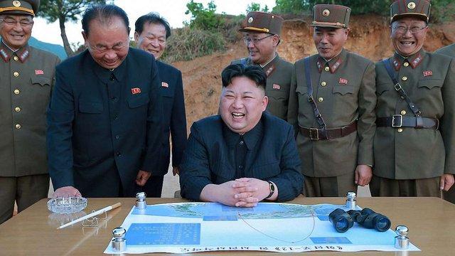 Північна Корея запустила ракету над Японією