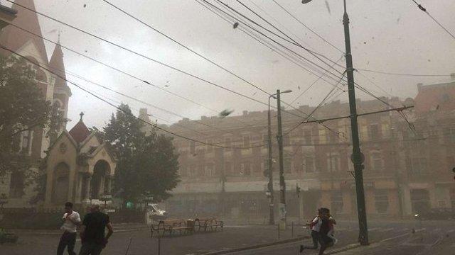 У Румунії під час грози загинуло 5 людей, ще півсотні були травмовані