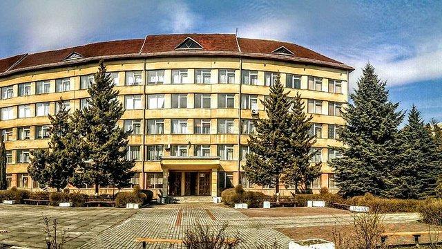 За підробку офіційних документів у коледжі на Львівщині судитимуть викладача