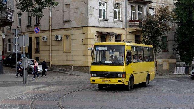 У Львові апеляційний суд скасував результати конкурсу автобусних перевізників