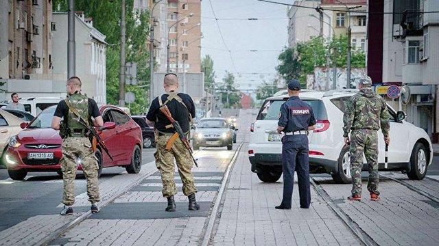 Російські ЗМІ повідомили про два вибухи у центрі окупованого Донецька