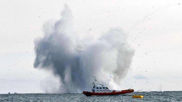 На авіашоу в Італії винищувач впав у море, пілот загинув