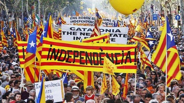 В Іспанії заблокували понад 140 сайтів з інформацією про референдум у Каталонії