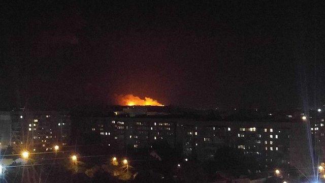 Через пожежу на складі боєприпасів під Вінницею евакуювали понад 30 тис. осіб