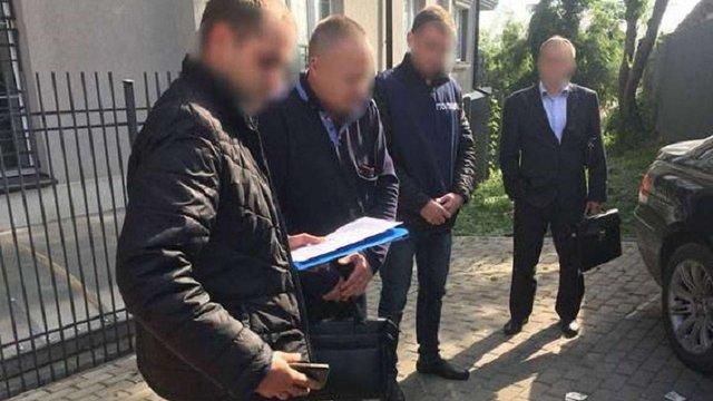 На Волині на хабарі затримали адвоката-чоловіка депутатки Верховної Ради