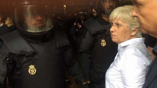 Поліція закрила 183 виборчі дільниці під час референдуму в Каталонії