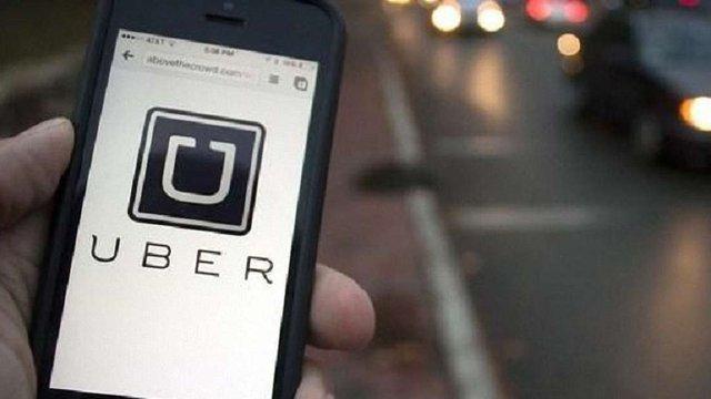 Пасажири Uber в Україні відтепер платитимуть за запізнення