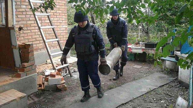 В околицях Калинівки піротехніки знайшли близько тисячі вибухонебезпечних предметів