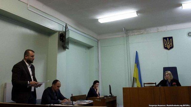 Суд посадив під домашній арешт підозрювану у пожежі в хостелі Запоріжжя