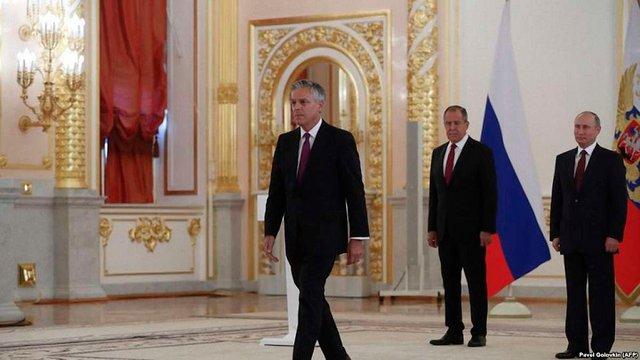 Новий посол США в РФ вважає ключовим питанням відновлення суверенітету України