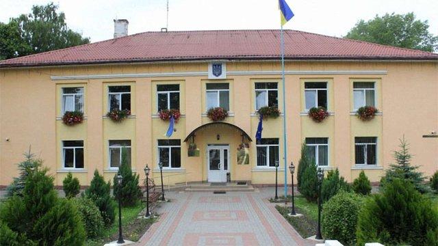 Президент оголосив конкурс на посади голів Жидачівської та Пустомитівської РДА