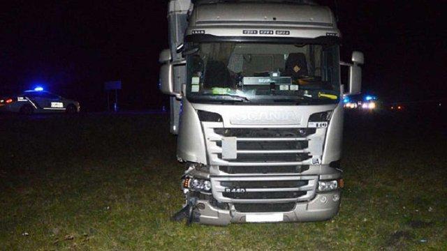 На Волині вантажівка Scania збила на смерть фірмана