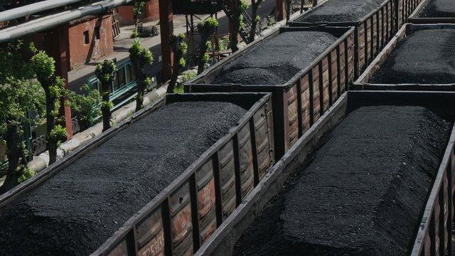Росія наростила незаконний експорт вугілля з окупованого Донбасу