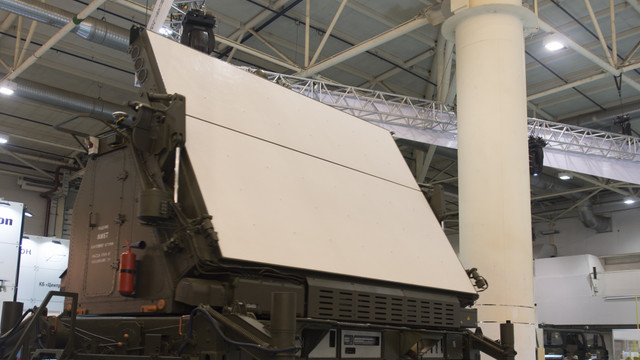 «Укроборонпром» продемонстрував 3D-радар, який бачить одночасно до 500 цілей