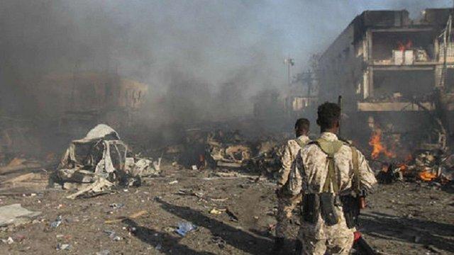 Внаслідок подвійного теракту в столиці Сомалі загинули щонайменше 40 людей
