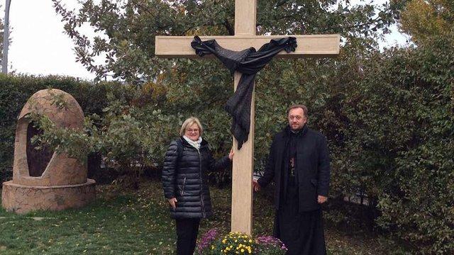 У Караганді освятили пам'ятник депортованим до Казахстану українцям