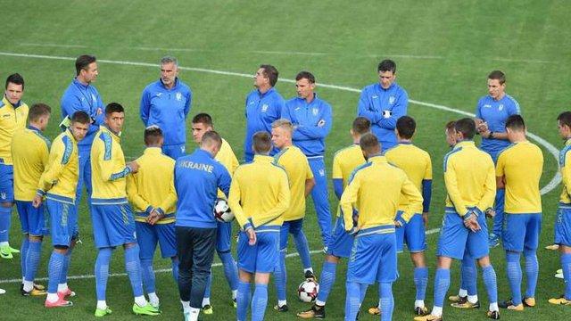 Збірна України втратила шість позицій у рейтингу ФІФА