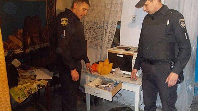 Жителька Херсонщини зберігала бойову гранату в ящику кухонного столу