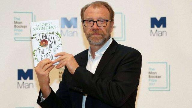 Лауреатом премії «Букер» став Джордж Сондерс за роман «Лінкольн у бардо»