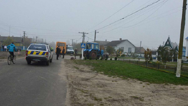 На Волині трактор збив на смерть малолітню дівчинку