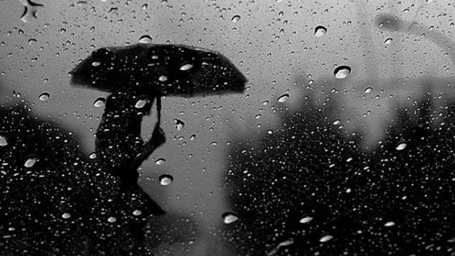 Рятувальники попередили про сильні зливи у Карпатах