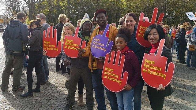У Німеччині протестували проти партії, яка підтримує зняття санкцій з Росії