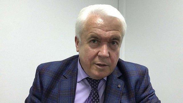 Екс-регіонал Володимир Олійник заявив, що частково фінансує мітингарів біля ВРУ