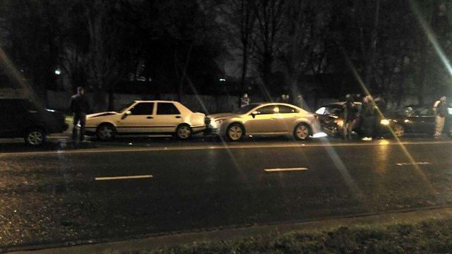 У Львові п'яний водій спричинив ДТП з п'ятьма автомобілями