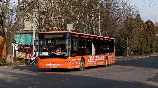 Львівська міськрада відмовилась платити ₴20 млн боргу за автобуси ЛАЗ