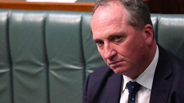 В Австралії віце-прем'єра звільнили через подвійне громадянство