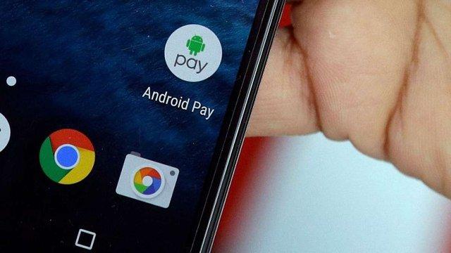 Google планує запустити в Україні сервіс безконтактної оплати Android Pay